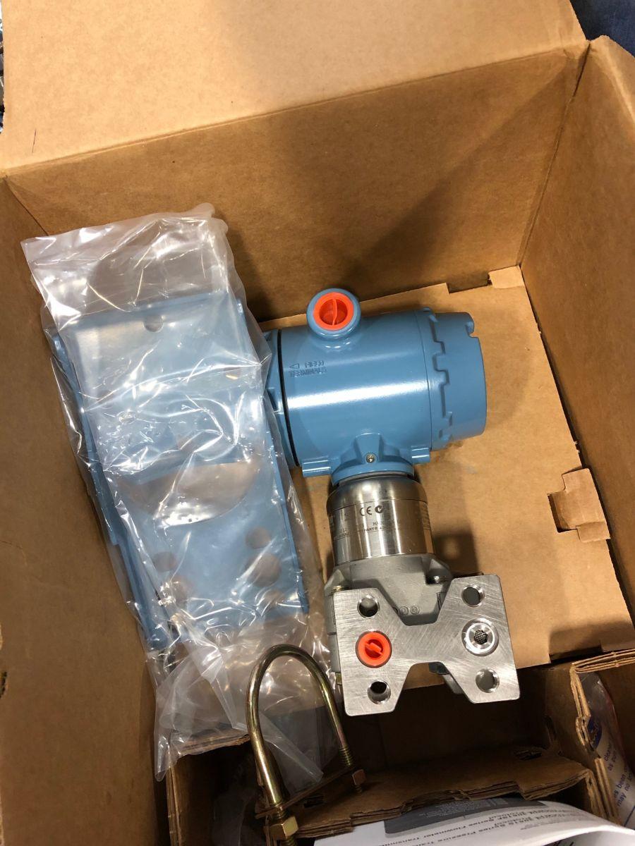 Rosemount 3051S1CG4A3F13A1AD2E5M5P2B3 Pressure Transmitter