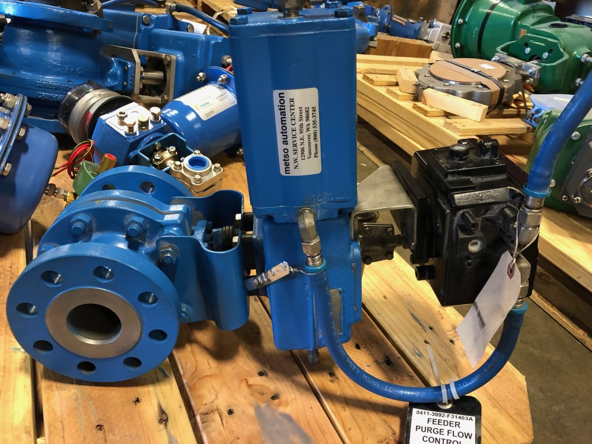 Neles Ball Valve 2in Class 300 C2DA02CAK01G W/ Actuator And Positioner