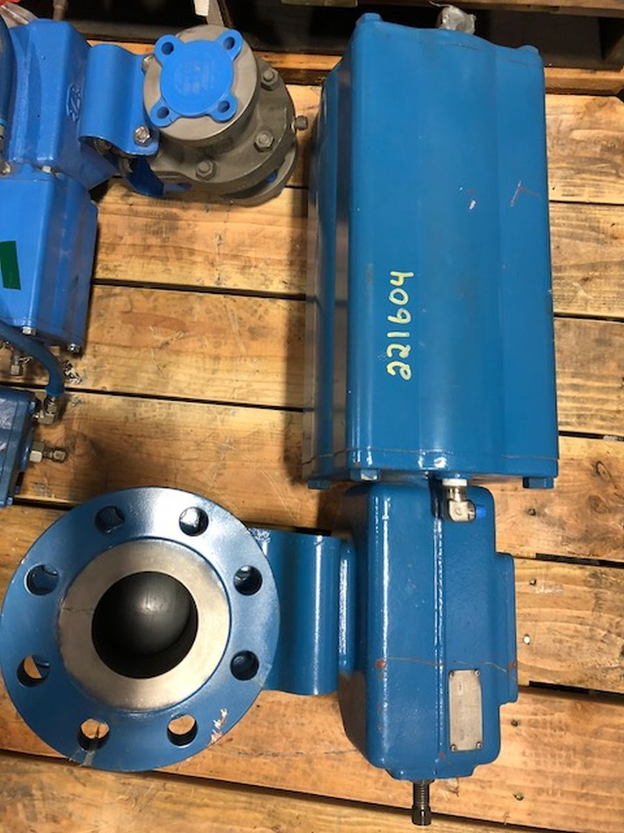 Neles Ball Valve 3in Class 300 PDA03AAD01 W/ Actuator