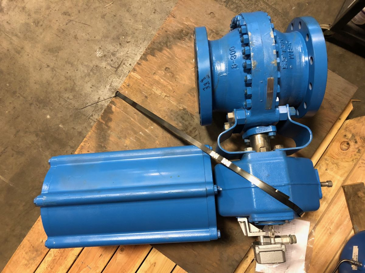 Neles Ball Valve 8in Class 300 PDA08AYFK01 W/ Actuator